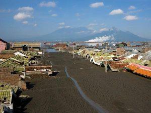 eruzione Lusi Java indonesia turismo (2)