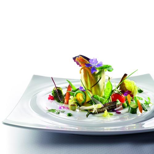 Fiori eduli in tavola ma nel piatto meteo web for Fiori edibili