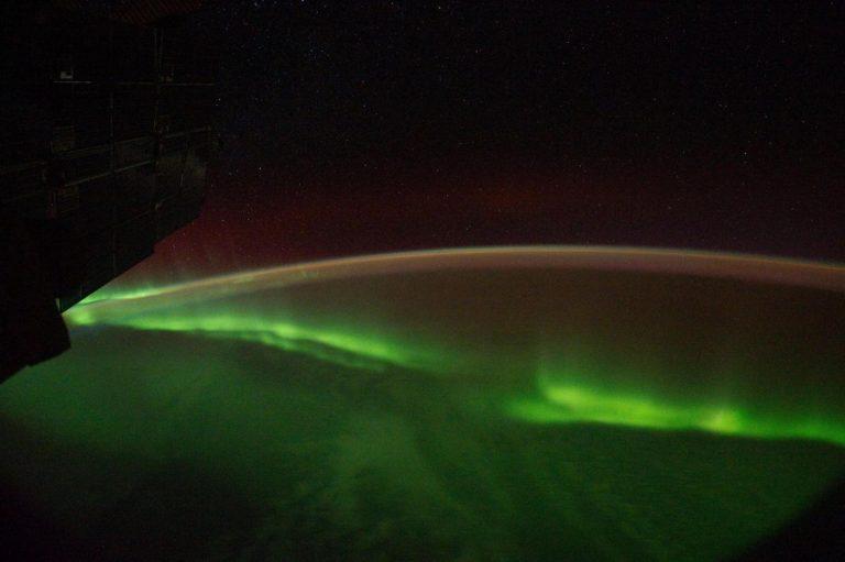 Aurora sull'Oceano Indiano (LaPresse/Sipa USA)