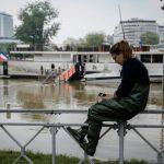 Parigi: scende il livello della Senna dopo l'alluvione [FOTO]