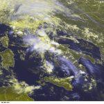 Allerta Meteo, violenti temporali al Centro/Sud: fenomeni estremi nel pomeriggio [LIVE]