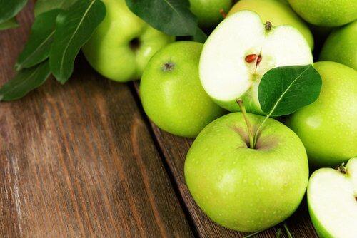 Risultati immagini per mele verdi