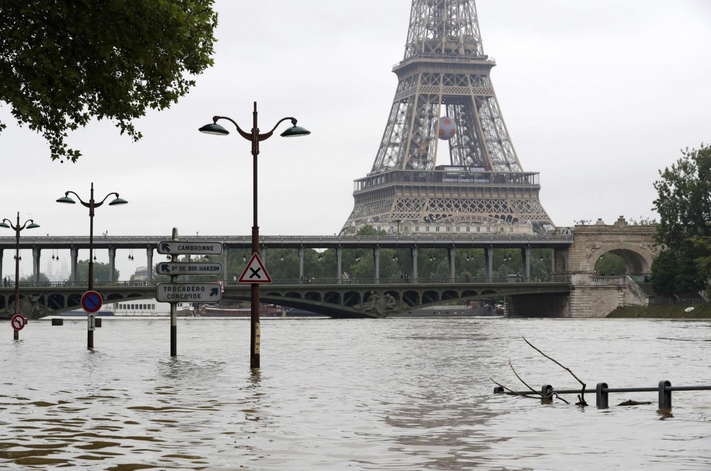 Alluvione francia la senna verso i 6 50 metri a parigi for Quadri di parigi