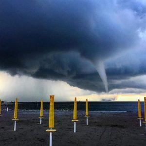 tornado sottomarina (3)