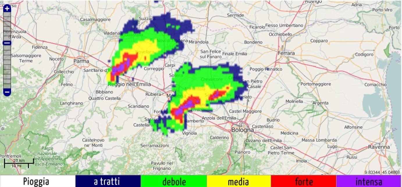 Allerta meteo esplodono violenti temporali in pianura - Meteo bagno di romagna ...