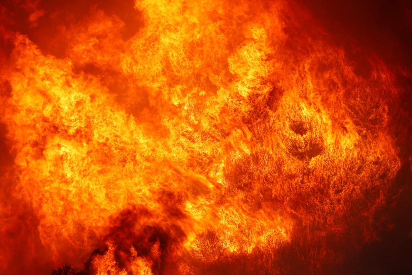 Lavoro A Chiaramonte Gulfi incendi ragusa: ancora fiamme a chiaramonte gulfi, terrore e