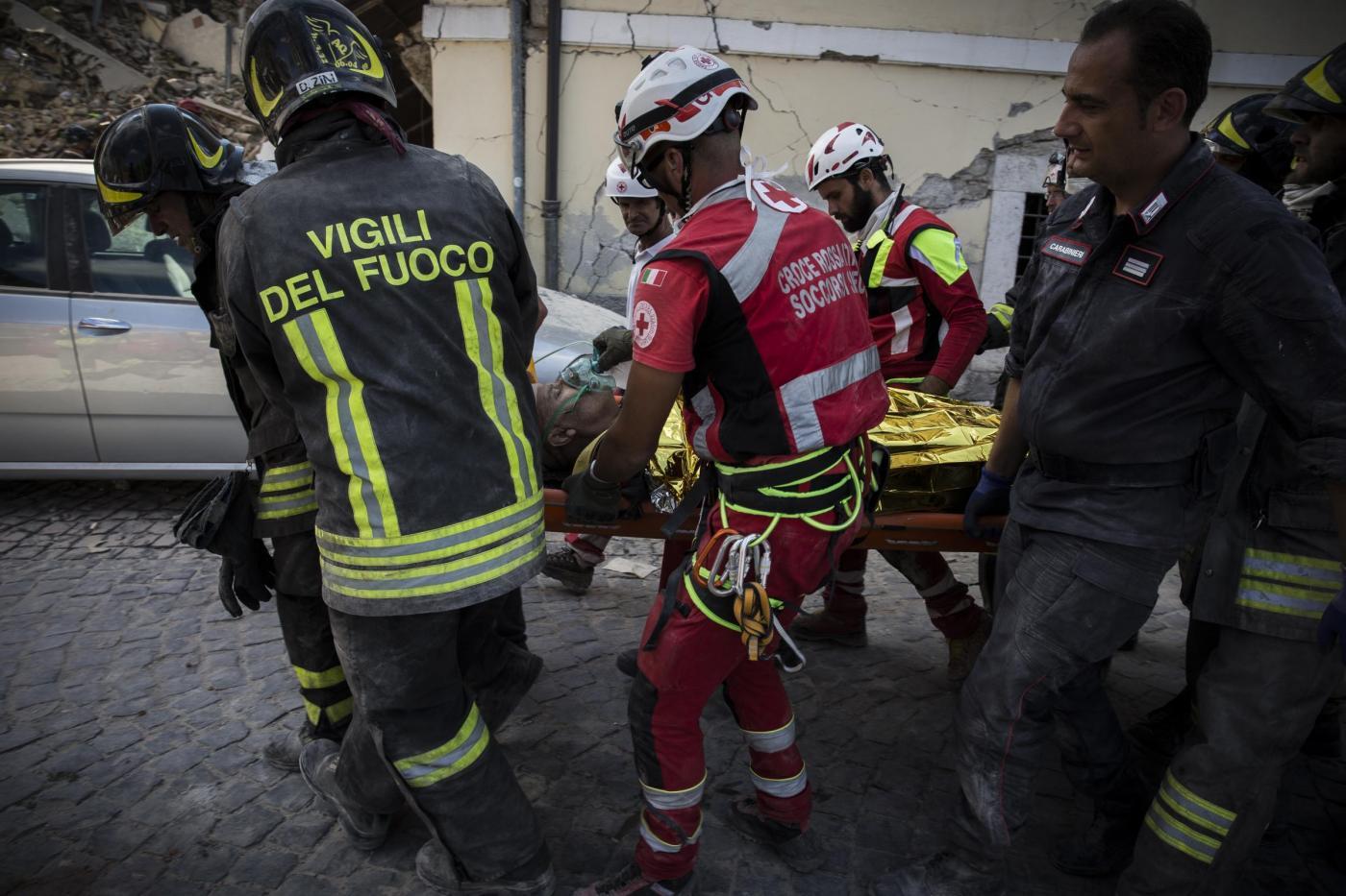 Terremoto-Centro-Italia-devastato-dal-sisma-il-giorno-dopo-13.jpg (1400×933)