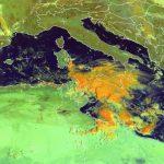 Allerta Meteo, tempesta africana al Sud: Sicilia bersagliata dal maltempo per altre 48 ore, forti temporali risalgono il Canale [LIVE]