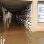 Maltempo Sicilia, bomba d'acqua pazzesca a Siracusa: cimitero completamente allagato, lapidi sommerse [FOTO]