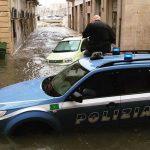 Maltempo, pioggia alluvionale a Siracusa: il Sindaco attiva l'unità di crisi della protezione civile [LIVE]