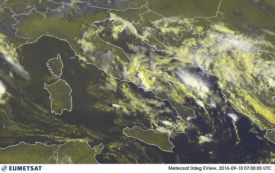 Le Previsioni Meteo dell'Aeronautica Militare per oggi e domani: continua il maltempo al Centro/Sud, forti temporali
