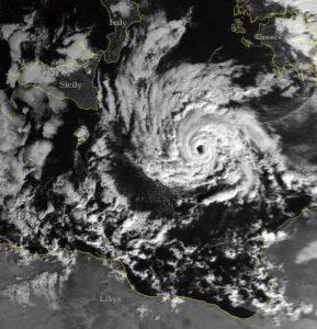 L'uragano Mediterraneo Celeno del gennaio 1995 proprio nel mar Jonio