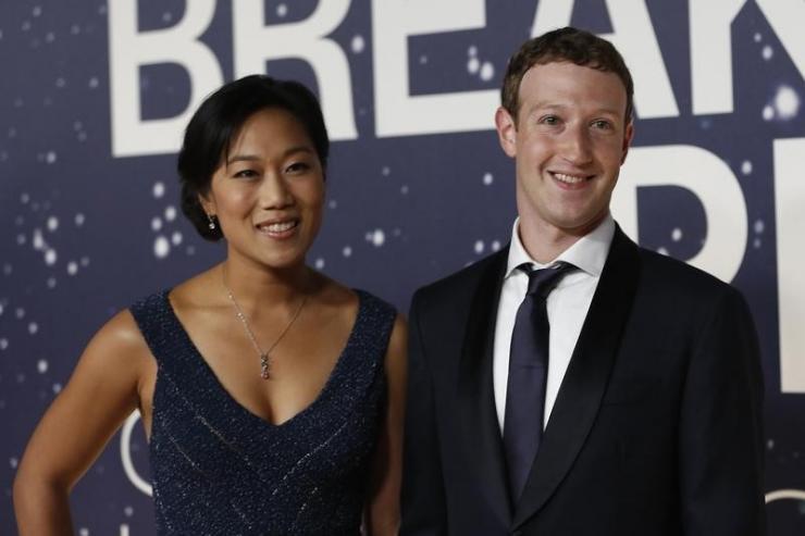"""Mark Zuckerberg e moglie investono 3 miliardi """"per curare e guarire tutte le malattie"""""""