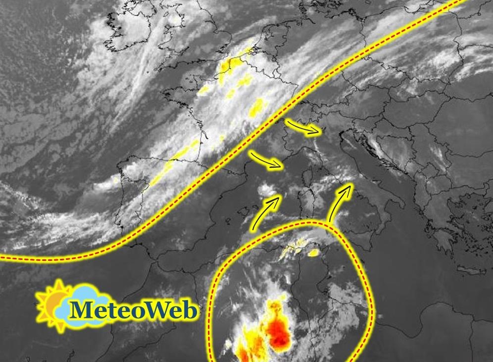 """Allerta Meteo, doppio """"attacco"""" all'Italia: arriva il maltempo del weekend, ottobre inizia con forti temporali nel Tirreno"""