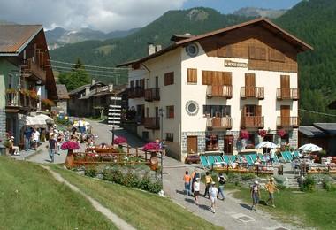 Chamois, Perla delle Alpi: il paesino che ha detto no alle auto