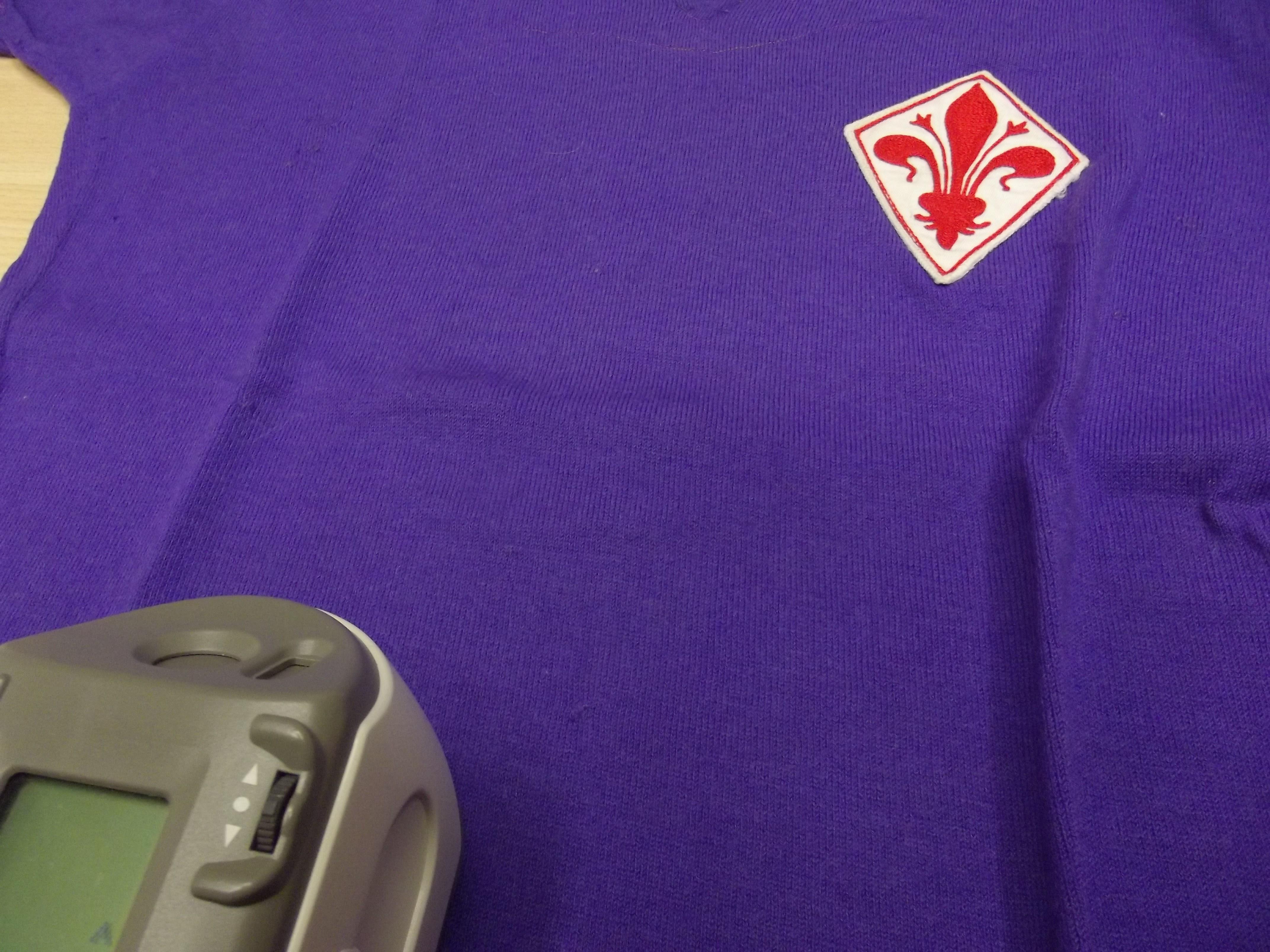 Di che colore è veramente la maglia viola della Fiorentina? Uno studio del CNR risponde al quesito [GALLERY]