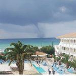 Maltempo estremo tra Sud Italia e Grecia: ciclone sullo Jonio, violento tornado sull'isola di Zante [FOTO e VIDEO]