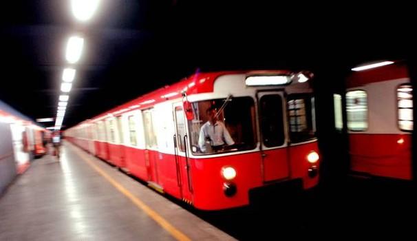 Milano, arriva la nuova illuminazione a led per le linee della metropolitana