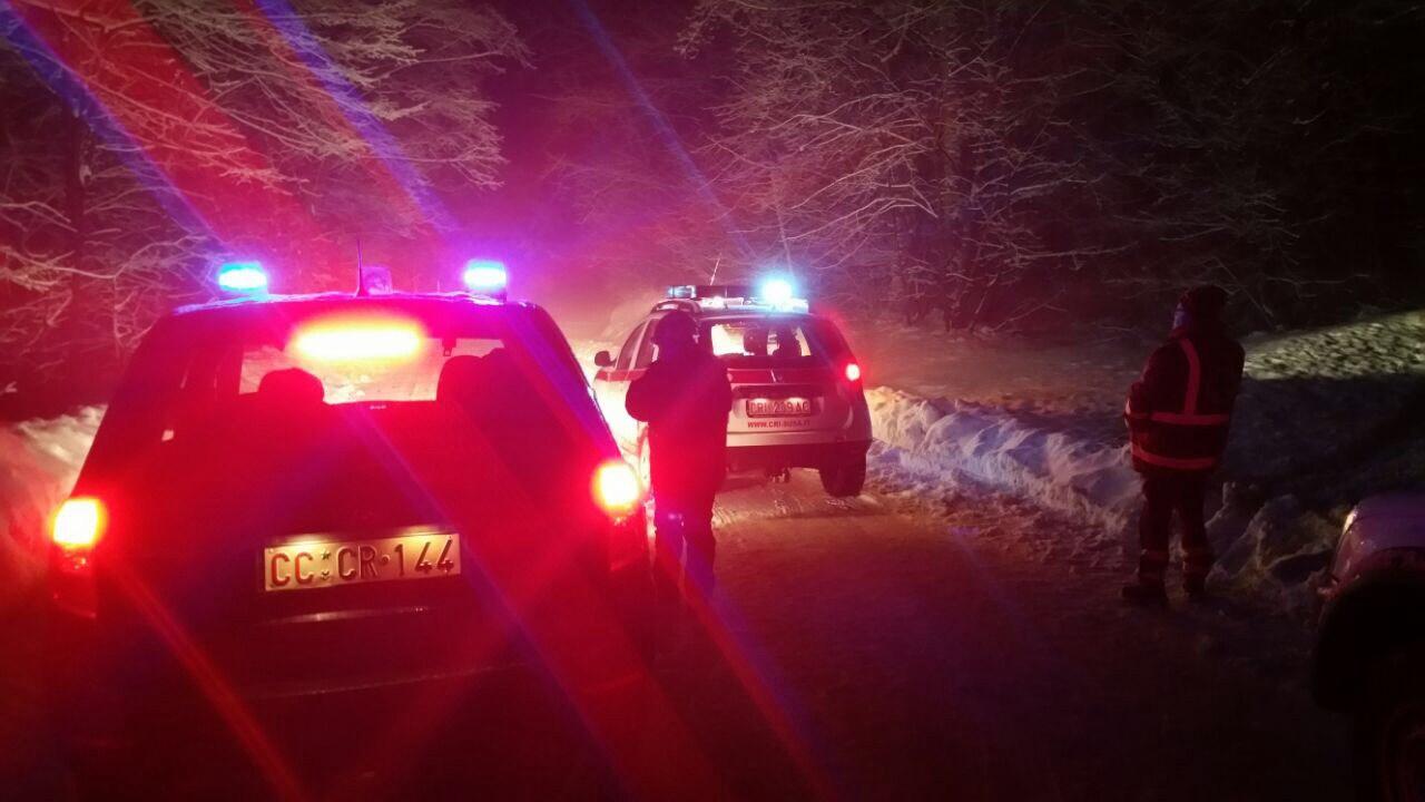 Cabinovia Monte Bianco: 45 persone bloccate tutta la notte ad alta quota, recupero riprende all'alba [LIVE]