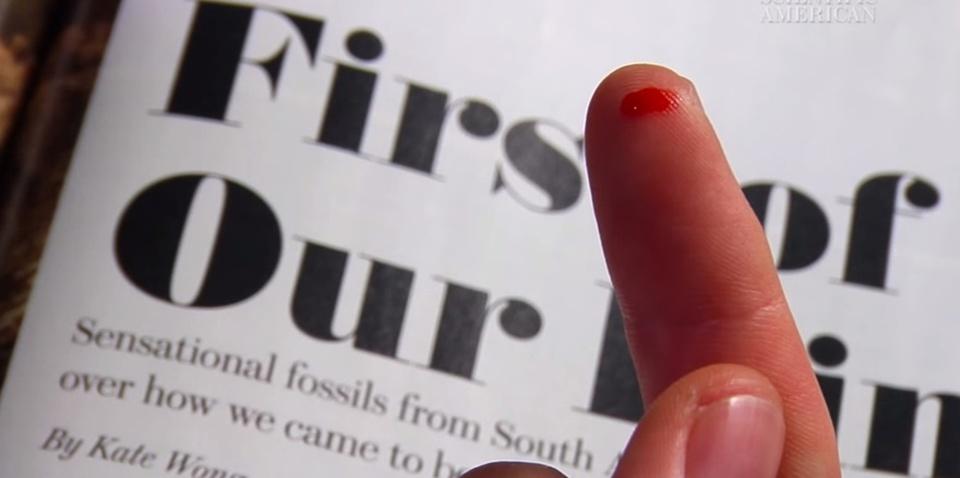 Perché tagliarsi un dito con un foglio di carta provoca così tanto dolore?