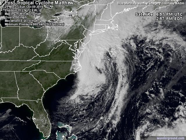 La scia di morte e distruzione dell'Urgano Matthew sulle coste USA: 19 vittime, adesso si muove verso l'Europa [MAPPE]