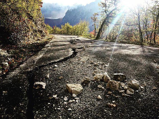 La potenza dei terremoti è influenzata dalla forma delle faglie: quelle piatte sono più pericolose