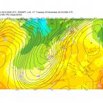 Allerta Meteo, maltempo di scirocco sull'Italia: allarme alluvione al Nord/Ovest, già superati i 180mm di pioggia sulle Alpi Marittime [DATI e MAPPE]
