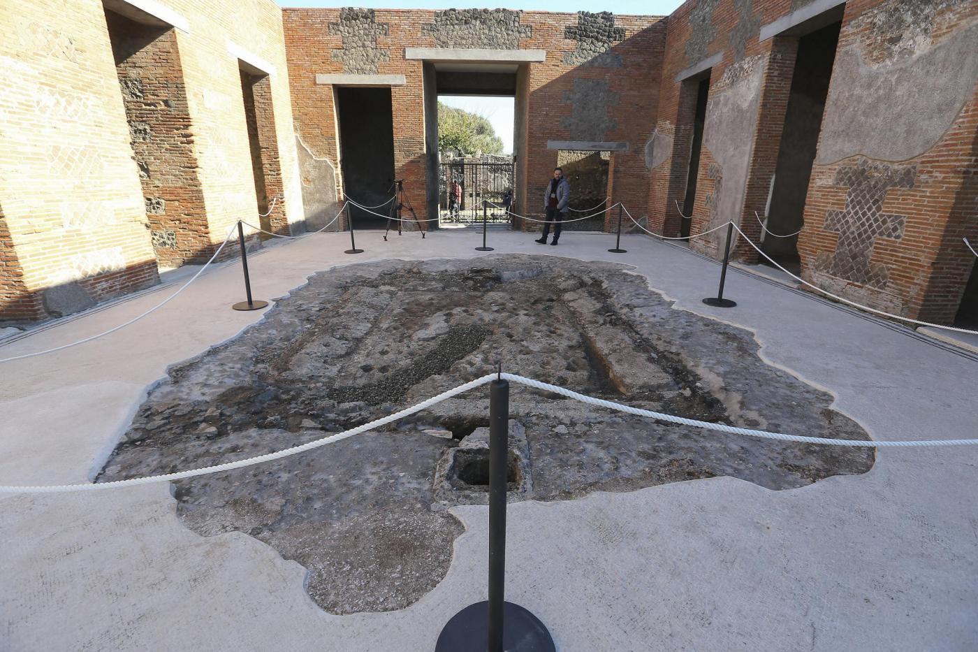 Apertura della nuova domus a pompei restituita al for Costo della nuova casa