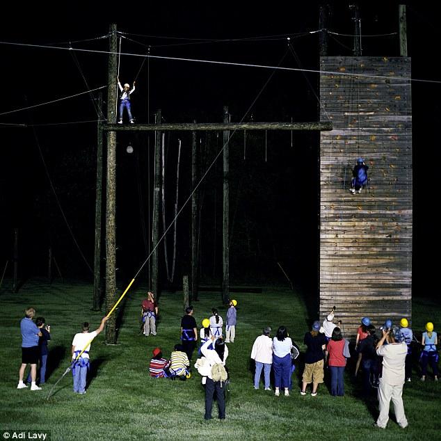 Camp Soundown: il parco divertimenti notturno per bimbi affetti da XP