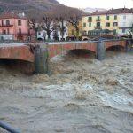 Previsioni Meteo, 4-5 giorni di forte maltempo al Nord Italia dal weekend: piogge estreme, c'è il rischio di pericolose alluvioni [MAPPE]