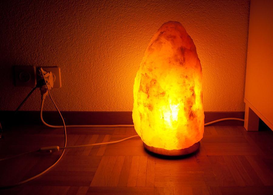 Lampade di sale himalayano: 6 buoni motivi per averne una in casa ...