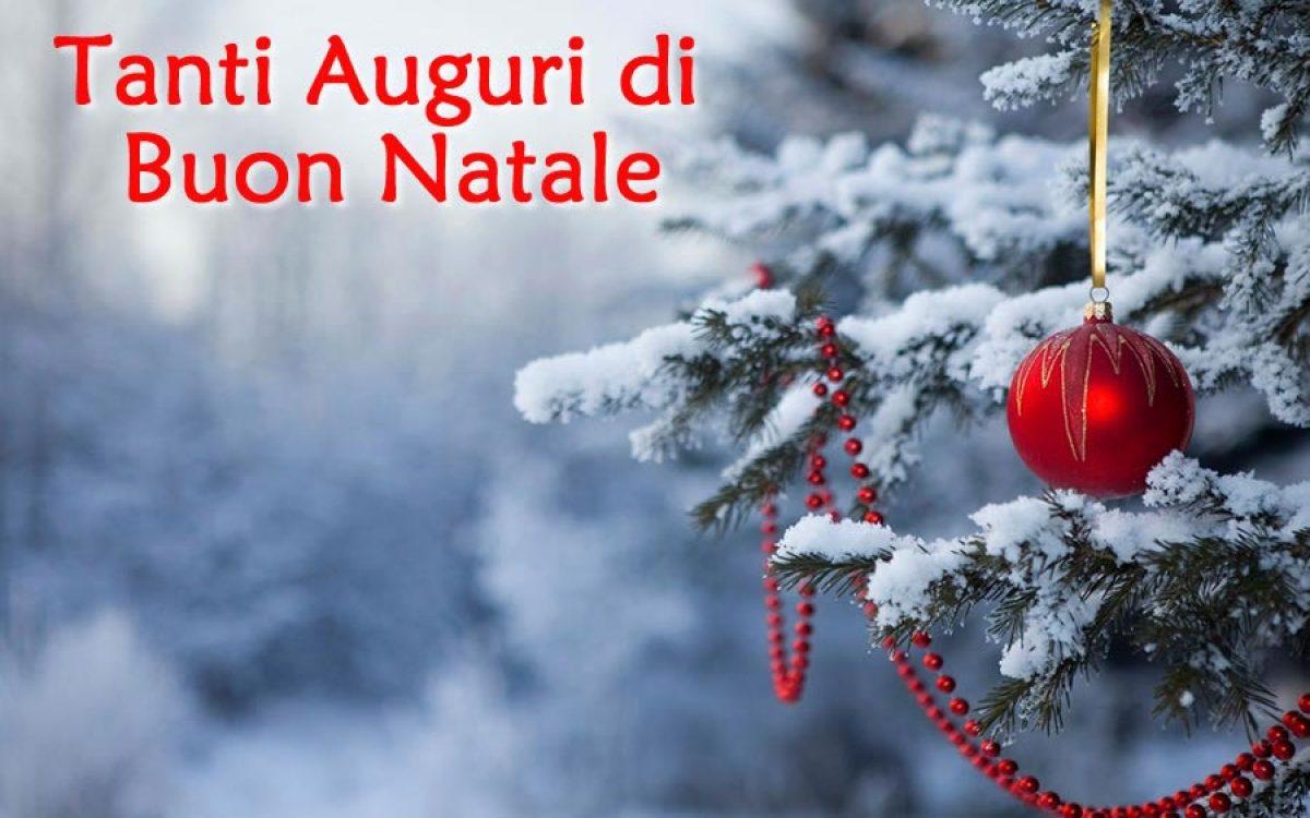 Auguri Di Natale Immagini Gratis.Auguri Di Buon Natale E Buone Feste Ecco Le Immagini Da Condividere Su Facebook E Whatsapp Gallery