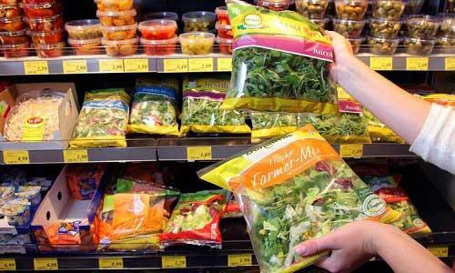 Allarme insalate in busta: rischio salmonella