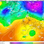 Previsioni Meteo, nuova ipotesi per il weekend: violento ciclone Afro/Mediterraneo al Sud? Ecco le MAPPE