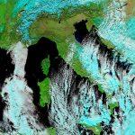 """Maltempo, Gelo e Neve, nel giorno dell'Epifania il """"Burian"""" flagella il Centro/Sud: 4 morti, neve fin sulle coste [LIVE]"""