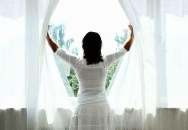 Dormite con la finestra della camera da letto chiusa ecco - La finestra della camera da letto ...