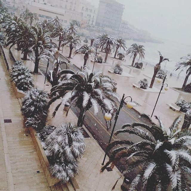 Meteo, nel weekend torna l'inverno: maltempo con piogge e gelo