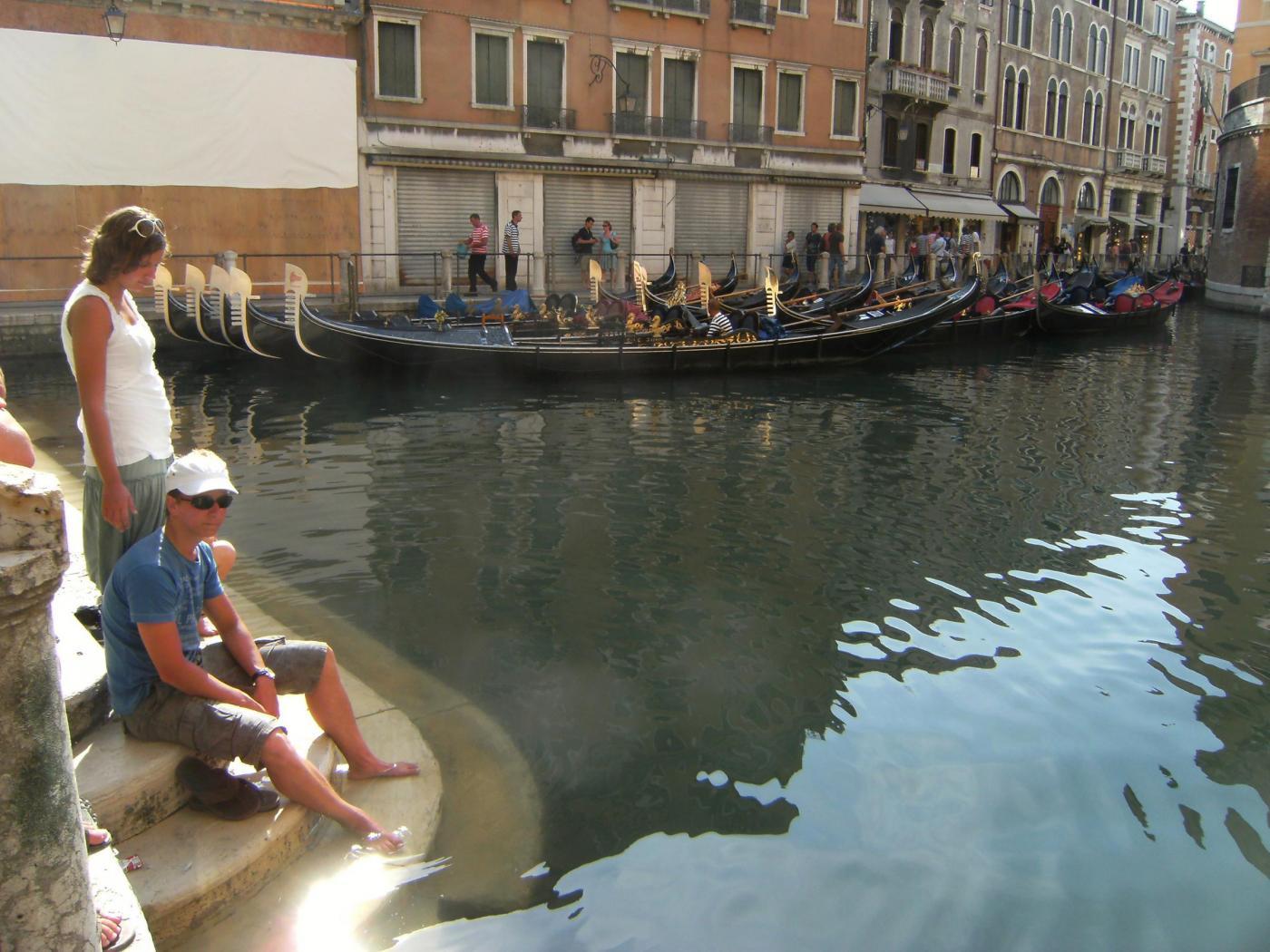 Sua Venezia Suoi Abitanti I Flash La Mob Dei Veneziani Con E 1vA7Z