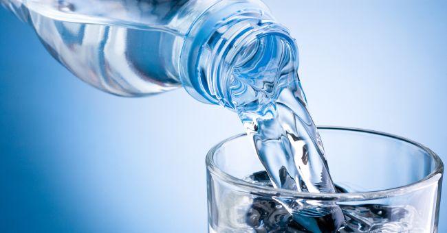 Detersivo nell'acqua minerale, Auchan ritira milioni di bottiglie
