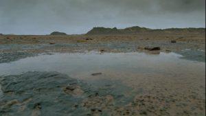 865027724-puddle-libya-sahara-das-versunkene-paradies-rain