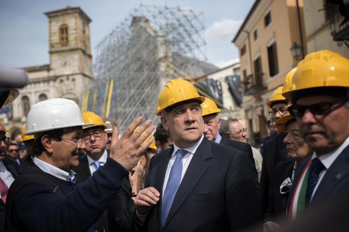 Terremoto centro italia il presidente tajani oggi il for Oggi in parlamento
