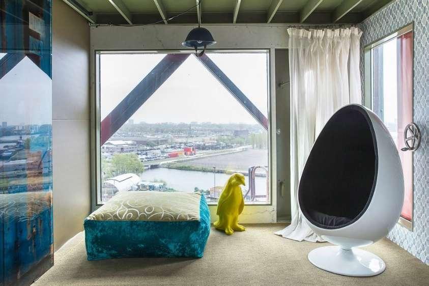 faralda crane hotel l hotel ricavato da una vecchia gru ristrutturata gallery meteo web. Black Bedroom Furniture Sets. Home Design Ideas
