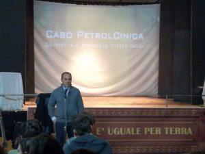 Giornata mondiale della Terra    a Roma il processo al petrolio