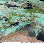 """Caldo, impressionante """"onda africana"""" al Sud: enorme nuvola di Sabbia del Sahara tinge di giallo i cieli del Mediterraneo oscurando il sole [GALLERY]"""