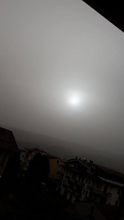 Montalto Uffugo (Cosenza) stamattina: sole oscurato dalla polvere Sahariana