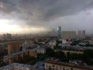 Violenta tempesta a Mosca: impressionanti analogie con il downburst di Lamezia Terme del 7 ottobre 2016
