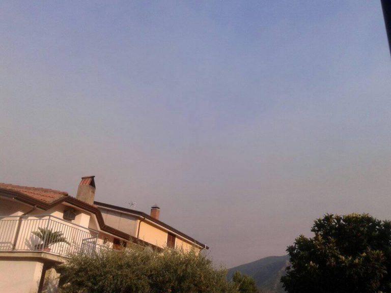 Nube di ''fuoco'' avvolge Benevento