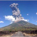 Eruzione esplosiva al vulcano Chaparrastique San Miguel, El Salvador, anno 2013