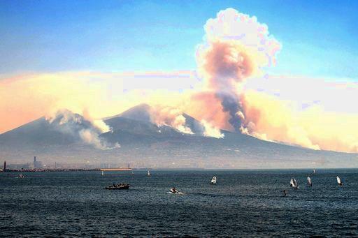 Gli incendi sul Vesuvio - Foto di Eliano Imperato