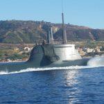 Enorme e misterioso sottomarino risale lo Stretto di Messina [FOTO e VIDEO]
